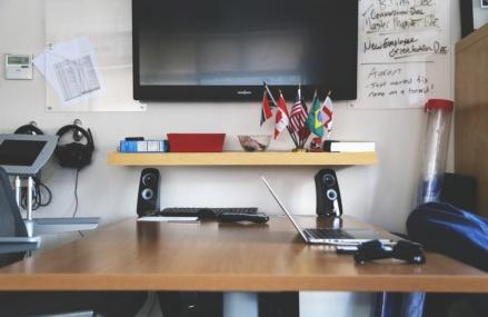 Głośniki do laptopa – 2.1, 2.2 czy 5.1?